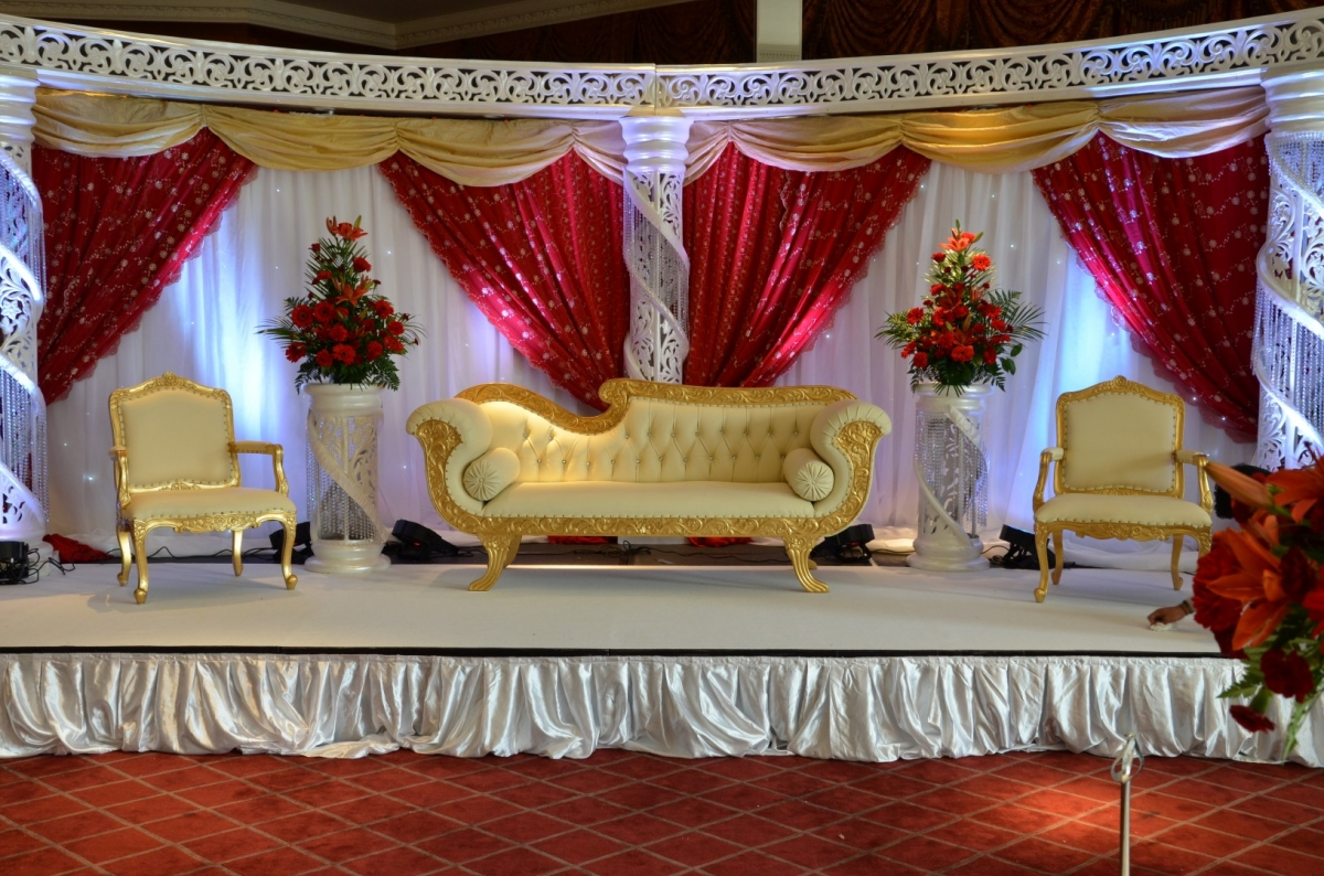 Wedding stages asian wedding stages stage decoration in london for Asian wedding stage decoration london